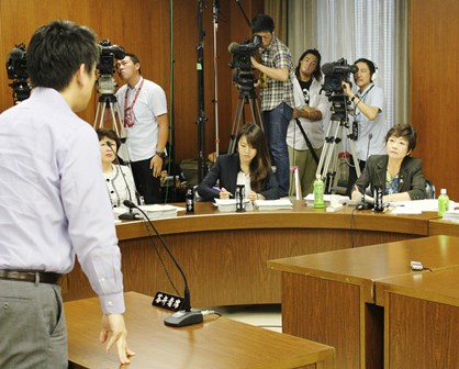 2013.06.26財総・山中委員-1 (1)